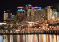 Sydneys Darling Habour comes alive at night